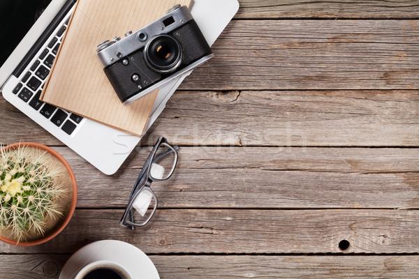 Asztal laptop kamera kávé kaktusz asztal Stock fotó © karandaev