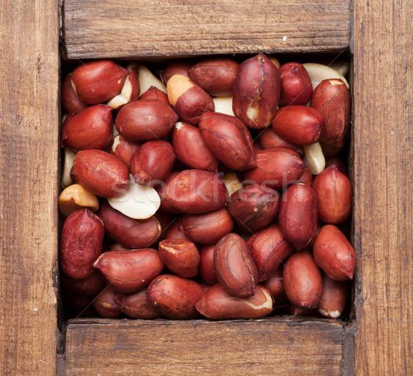 Amendoim nozes caixa topo ver Foto stock © karandaev