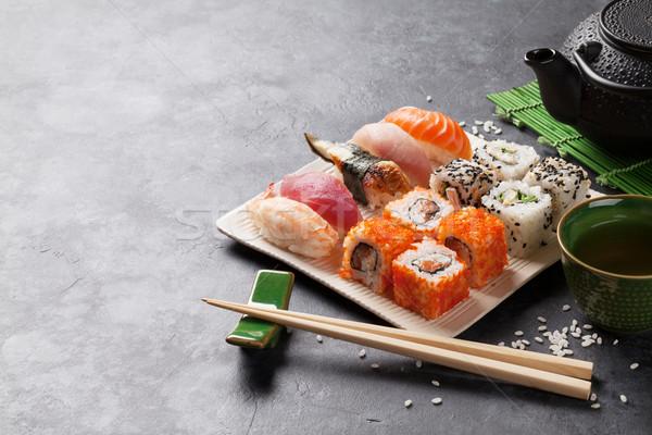 ストックフォト: セット · 寿司 · マキ · 緑茶 · 石 · 表