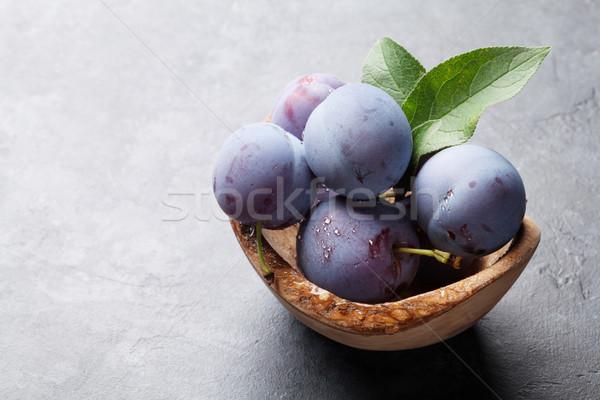 Garden plums Stock photo © karandaev