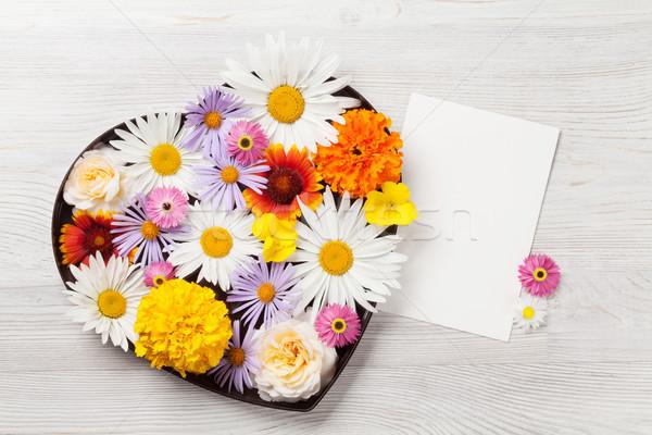 Garten Blumen Grußkarte Herz Geschenkbox Stock foto © karandaev