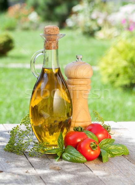 Olijfolie fles peper shaker tomaten kruiden Stockfoto © karandaev