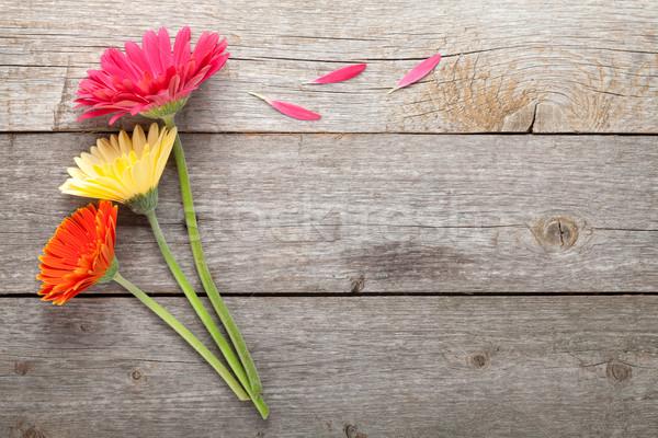 Сток-фото: три · красочный · цветы · деревянный · стол · копия · пространства · природы