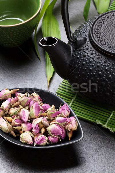 Asian wzrosła herbaty czajniczek kamień tabeli Zdjęcia stock © karandaev