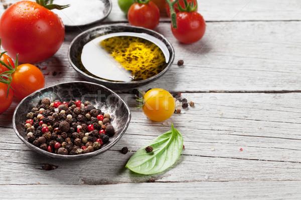 トマト バジル オリーブオイル スパイス 木製のテーブル 料理 ストックフォト © karandaev
