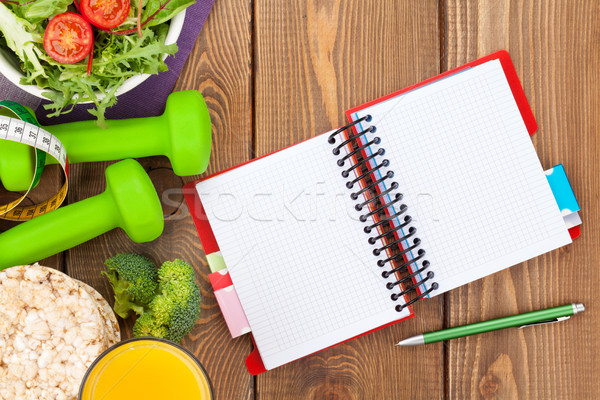 Mérőszalag egészséges étel jegyzettömb copy space fitnessz egészség Stock fotó © karandaev