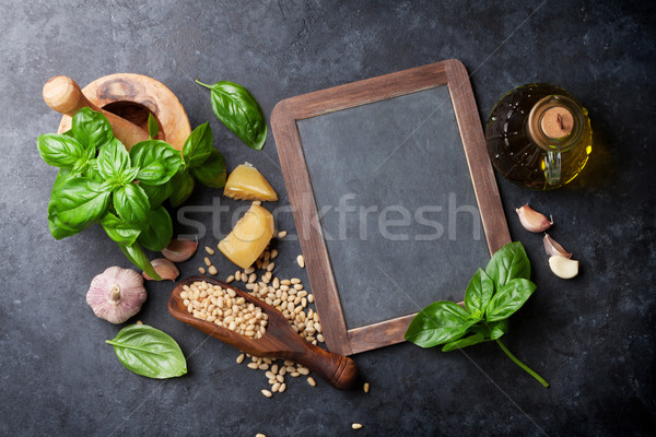 Pesto salsa ingredienti cottura basilico olio d'oliva Foto d'archivio © karandaev