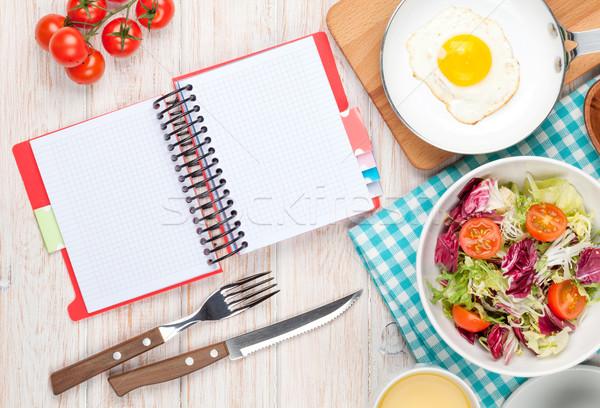 健康 朝食 サラダ 白 木製のテーブル ストックフォト © karandaev