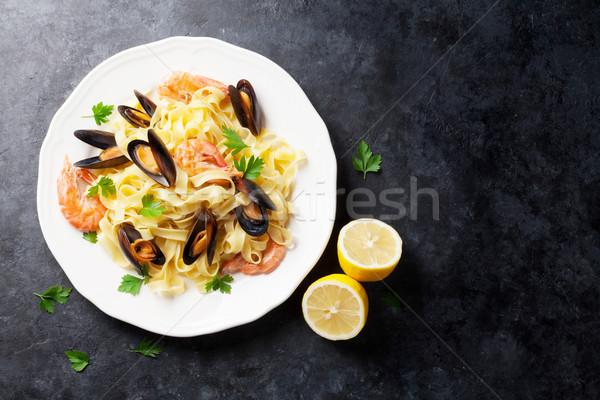 Сток-фото: пасты · морепродуктов · каменные · таблице · Top