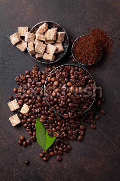 コーヒー豆 地上 石 先頭 表示 ストックフォト © karandaev