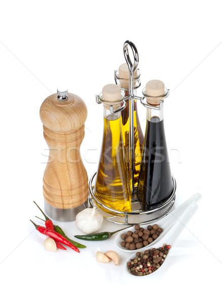 Aceite de oliva vinagre botellas pimienta especias Foto stock © karandaev