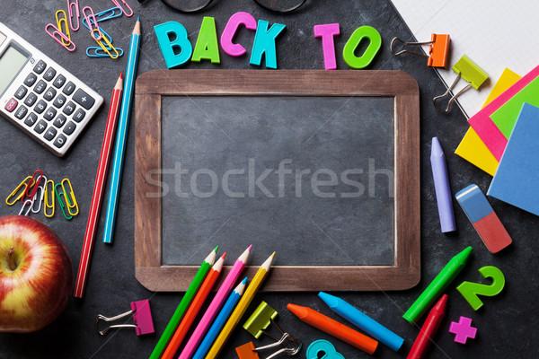 Manzana tiza bordo texto volver a la escuela Foto stock © karandaev