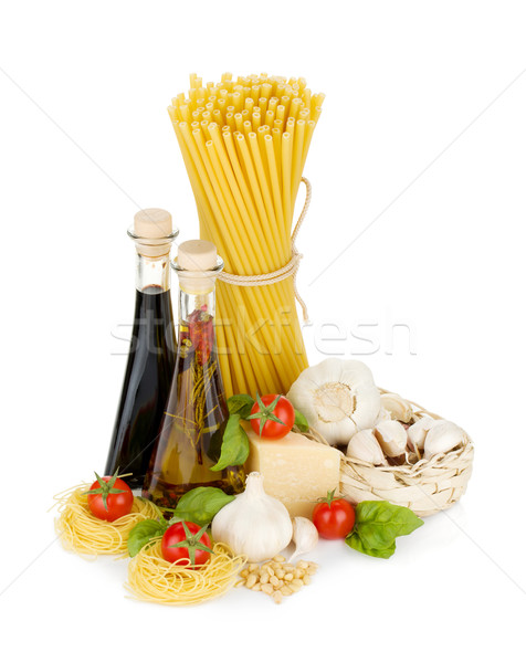 Pasta pomodori basilico olio d'oliva aceto aglio Foto d'archivio © karandaev