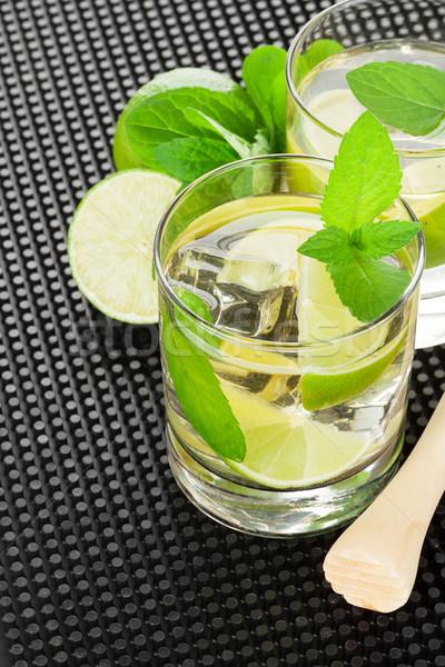 Mojito cocktail ingrediënten zwarte rubber vruchten Stockfoto © karandaev