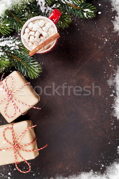 Karácsony forró csokoládé ajándékdobozok fenyőfa mályvacukor felső Stock fotó © karandaev
