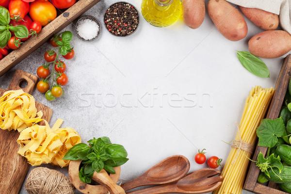 Stockfoto: Vers · tuin · tomaten · komkommers · pasta · kruiden