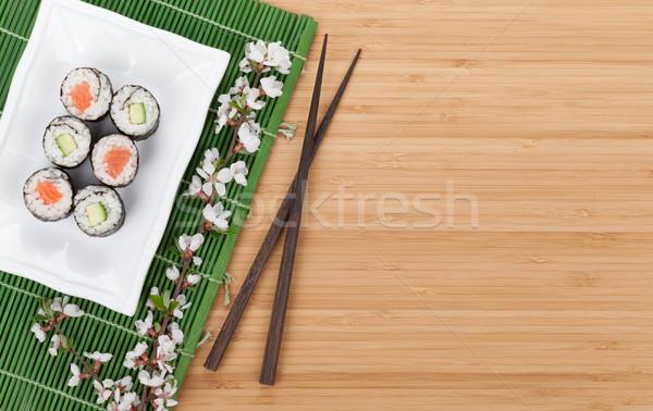 Foto stock: Sushi · conjunto · fresco · sakura · ramo · bambu