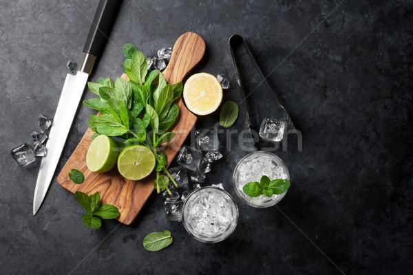 Mojito cocktail mint kalk ijs Stockfoto © karandaev