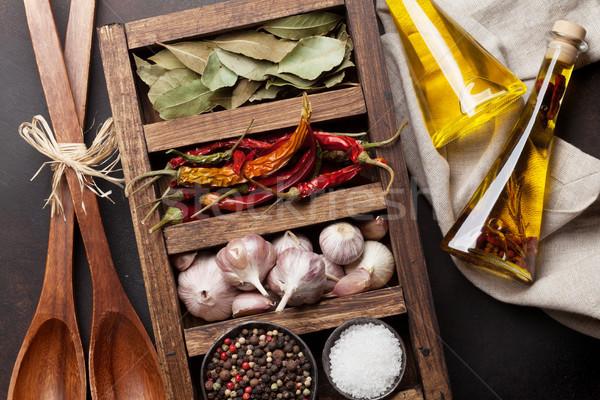 Stockfoto: Drogen · specerijen · houten · vak · bladeren