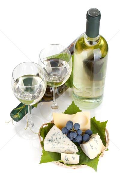 Stok fotoğraf: Beyaz · şarap · peynir · üzüm · yalıtılmış · beyaz