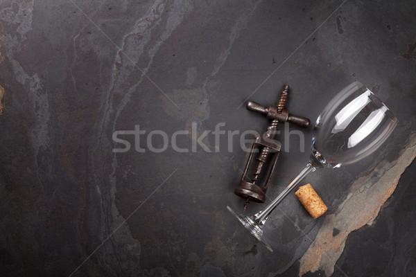 Borospohár dugóhúzó kő asztal felső kilátás Stock fotó © karandaev