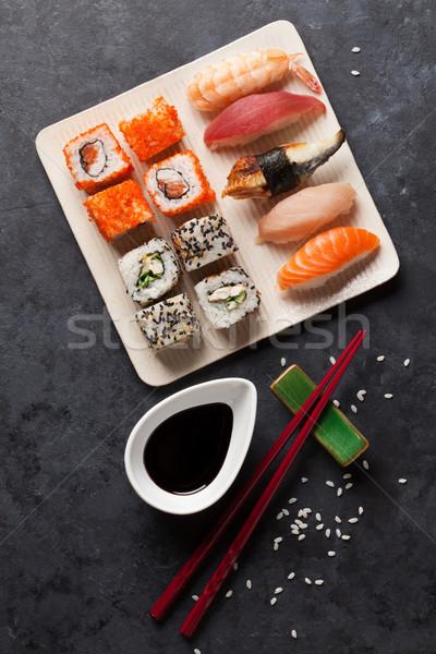 Conjunto sushi maki rolar pedra tabela Foto stock © karandaev