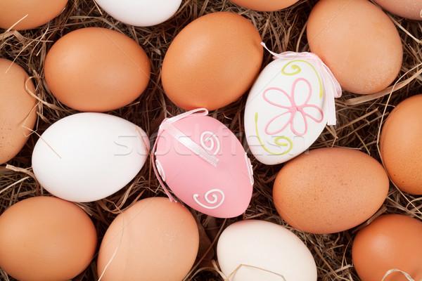 Easter Eggs słomy gniazdo górę widoku żywności Zdjęcia stock © karandaev