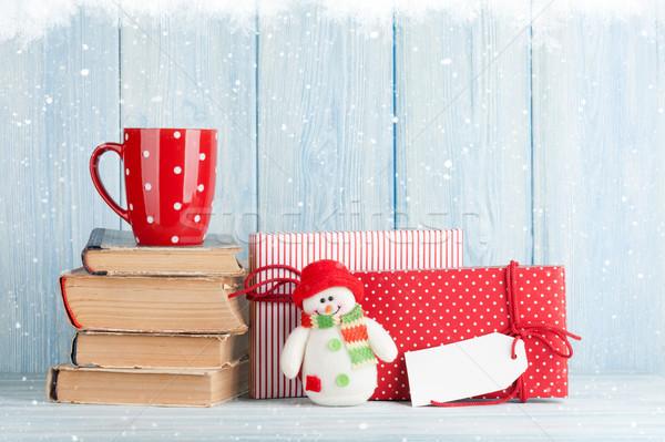 Forró csokoládé csésze karácsony ajándékok ajándékdobozok kilátás Stock fotó © karandaev