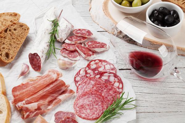 Salami saucisse prosciutto vin jambon Photo stock © karandaev