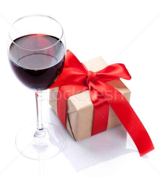 Vörösbor üveg ajándék doboz izolált fehér étterem Stock fotó © karandaev