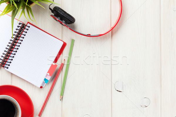 Biurko notatnika kawy słuchawki biuro Zdjęcia stock © karandaev