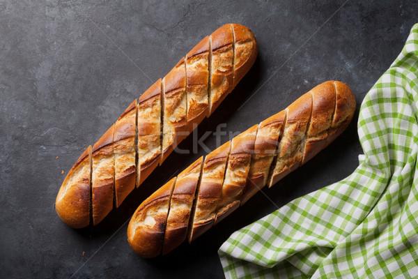 Bochenek chleba kamień tabeli górę Zdjęcia stock © karandaev
