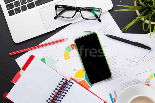 Foto stock: Escritório · tabela · laptop · café · relatórios