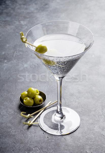 Martini cóctel oscuro piedra mesa vidrio Foto stock © karandaev