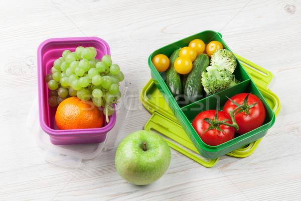 Ebéd doboz zöldség gyümölcsök fa asztal gyerekek Stock fotó © karandaev