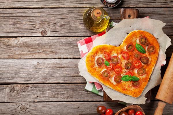 сердце пиццы помидоров моцарелла Сток-фото © karandaev