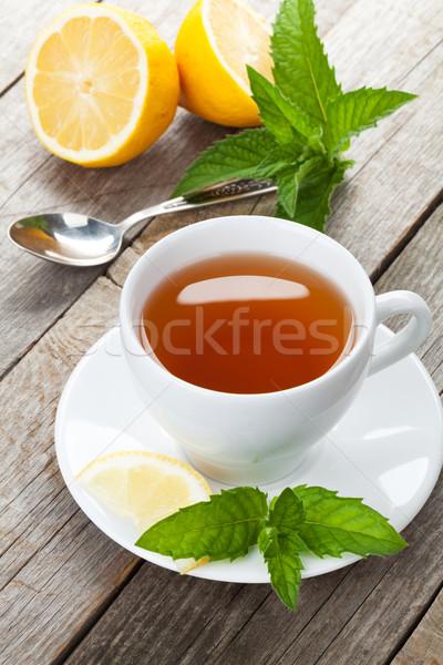 Thé vert citron menthe table en bois fond table Photo stock © karandaev