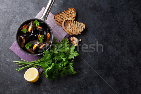 Stock photo: Mussels and bread toasts