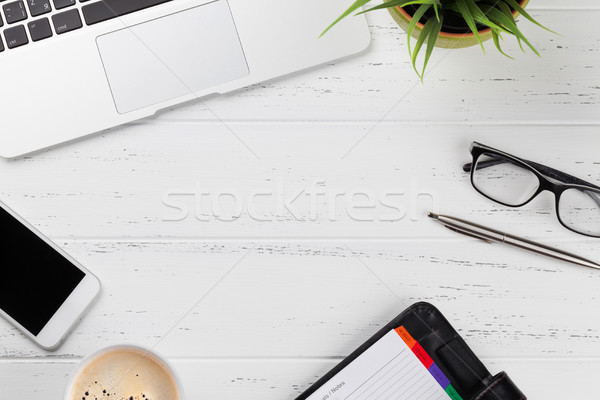 Stock fotó: Iroda · munkahely · asztal · készlet · okostelefon · laptop