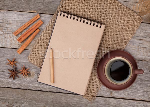 Сток-фото: блокнот · чашку · кофе · специи · деревянный · стол · копия · пространства · продовольствие