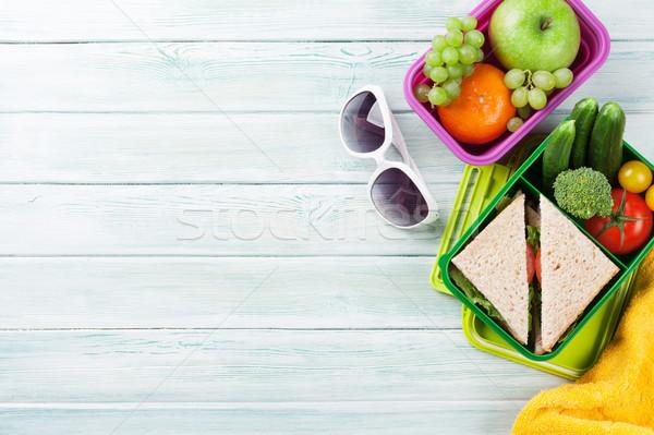 Vacanze pranzo finestra verdura sandwich legno Foto d'archivio © karandaev