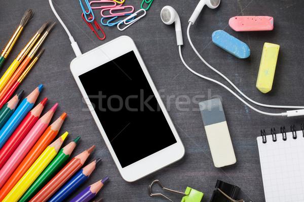 Stock fotó: Tanszerek · okostelefon · iskolatábla · iskola · irodaszerek · felső