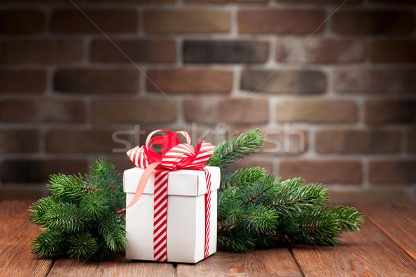 Stock foto: Weihnachten · Geschenkbox · Ast · Zweig · Holztisch