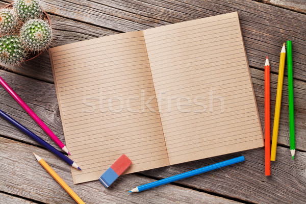 Notatnika tekst kolorowy drewna drewniany stół Zdjęcia stock © karandaev