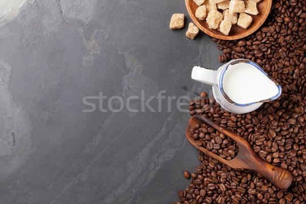 Kahve çekirdekleri süt esmer şeker taş tablo üst Stok fotoğraf © karandaev