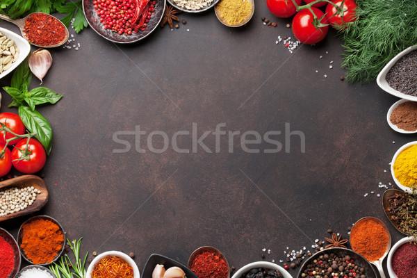 épices herbes pierre table haut Photo stock © karandaev