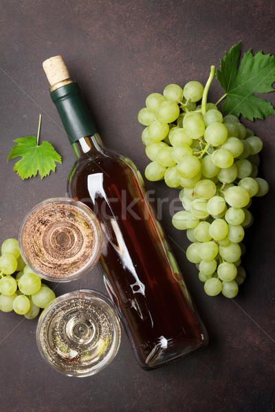 бутылку вина очки виноград каменные таблице Top Сток-фото © karandaev