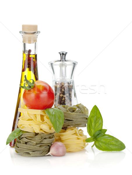 Cucina italiana pasta pomodori olio d'oliva pepe isolato Foto d'archivio © karandaev