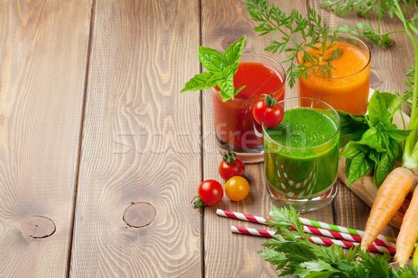 Stockfoto: Smoothie · tomaat · komkommer · wortel · houten · tafel