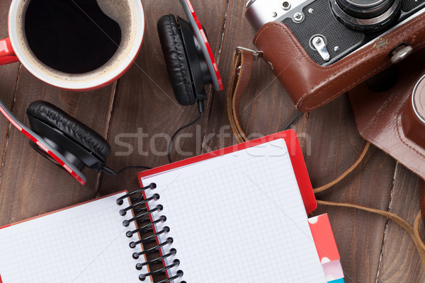 Szett utazás kamera fejhallgató kávéscsésze jegyzettömb Stock fotó © karandaev